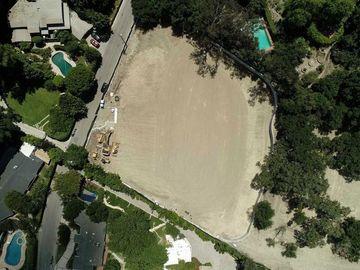 3915 HOLLYLINE Avenue, Sherman Oaks, CA, 91423,