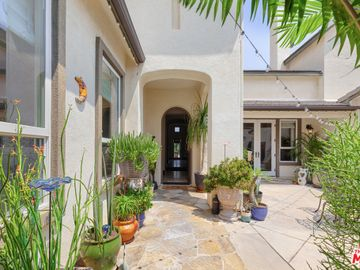 15008 Live Oak Springs Canyon Road, Canyon Country, CA, 91387,