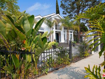 2652 MIDVALE Avenue, Los Angeles, CA, 90064,