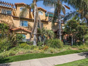 886 Felspar St, San Diego, CA, 92109,