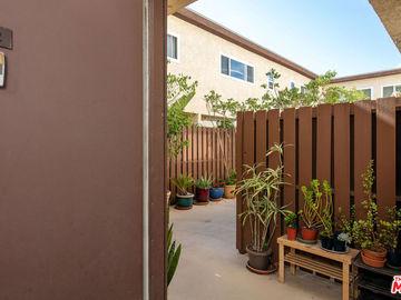 1747 Barry Avenue #102, Los Angeles, CA, 90025,