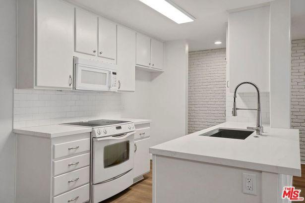 5460 White Oak Avenue #A319