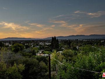 3914 Fredonia Drive, Los Angeles, CA, 90068,