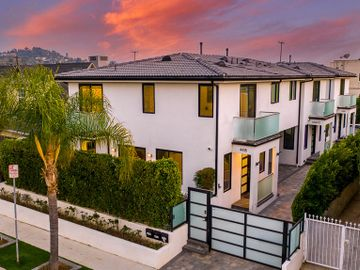 4416 KINGSWELL Avenue, Los Angeles, CA, 90027,
