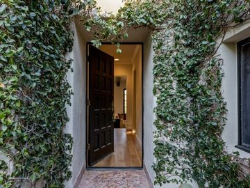 1376 Miller Place, Los Angeles, CA, 90069,