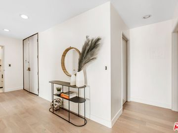 1240 S Corning Street #203, Los Angeles, CA, 90035,