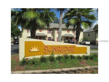 5020 SUNRIDGE PALMS DRIVE #104, Tampa, FL, 33617,