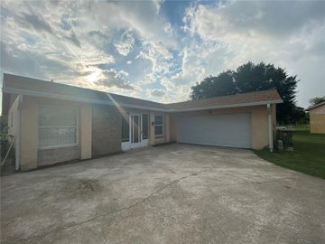 4 COUNTRY CLUB COURT #1, Kissimmee, FL, 34759,