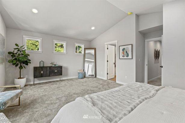 16753 Ashworth Avenue N