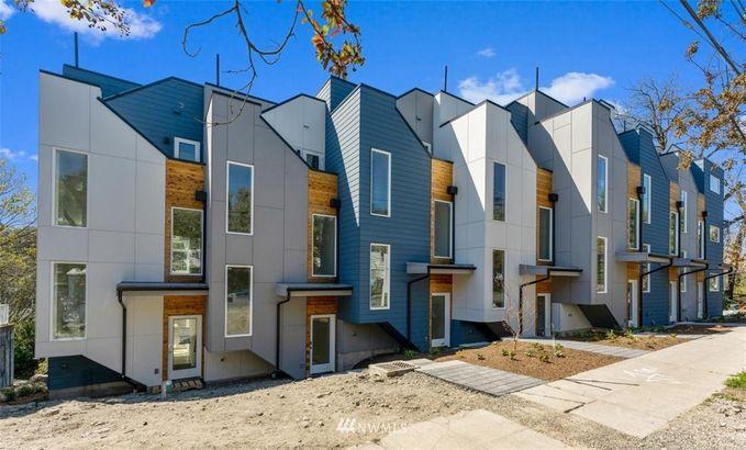 803 Davis Place S