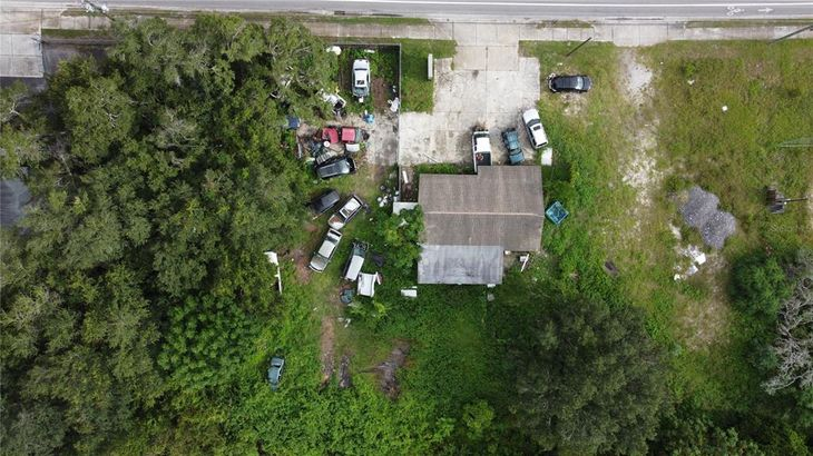 11827 STATE ROAD 52