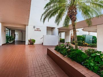 7897 SAILBOAT KEY BOULEVARD S #205, South Pasadena, FL, 33707,