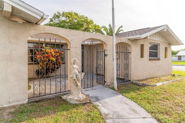 7210 ROBSTOWN DRIVE