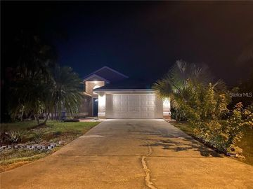 130 BENTLEY OAKS BOULEVARD, Davenport, FL, 33896,