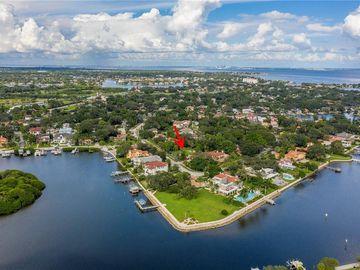 324 BRIGHTWATERS BOULEVARD NE, St Petersburg, FL, 33704,