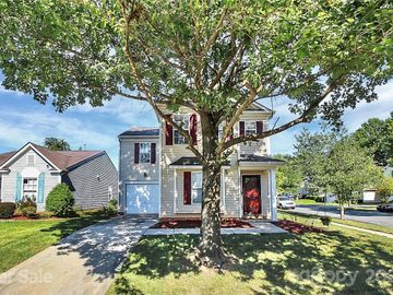 2804 Fountaingrass Lane, Charlotte, NC, 28269,