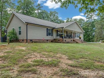 396 Lake Forest Drive, New London, NC, 28127,