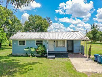 111 S HENDRY AVENUE, Fort Meade, FL, 33841,
