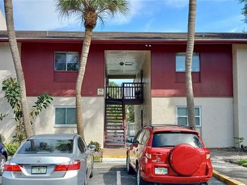 3813 S LAKE DRIVE #233, Tampa, FL, 33614,