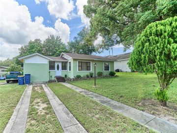 402 S PALM AVENUE, Howey In The Hills, FL, 34737,