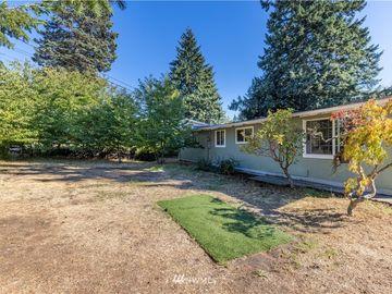 8106 Oakridge Drive SW, Lakewood, WA, 98498,