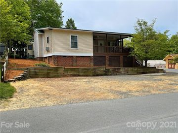 105 Meadowview Circle, New London, NC, 28127,
