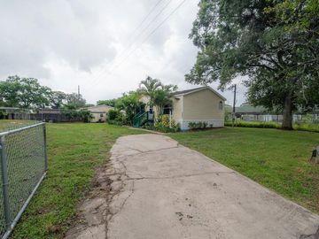 7201 N AMOS AVENUE, Tampa, FL, 33614,