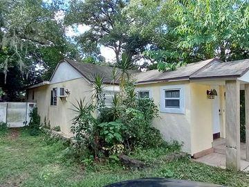 1306 W HUMPHREY STREET, Tampa, FL, 33604,
