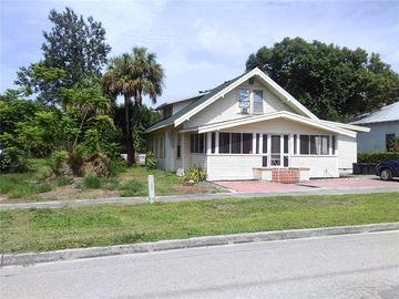 128 S HILLSBOROUGH AVENUE, Arcadia, FL, 34266,