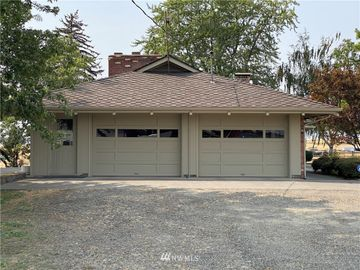 51054 Highway 334, Athena, OR, 97813,