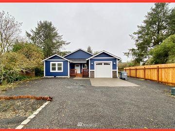 108 Seagate Street SW, Ocean Shores, WA, 98569,