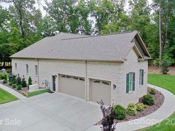 222 Spinnaker Court, Lexington, NC, 27292,