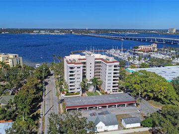 1400 1ST AVENUE W #803, Bradenton, FL, 34205,