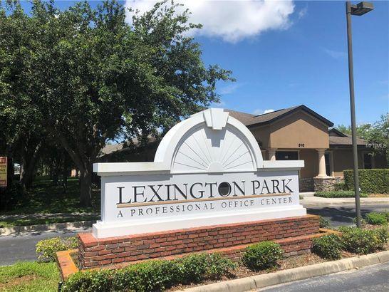 700 LEXINGTON GREEN LANE