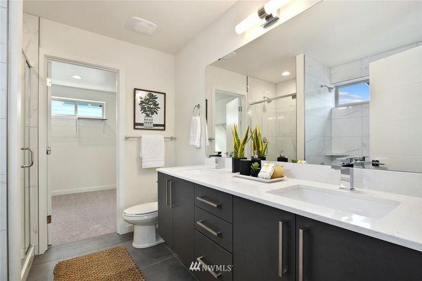4733 Cottage Place SW