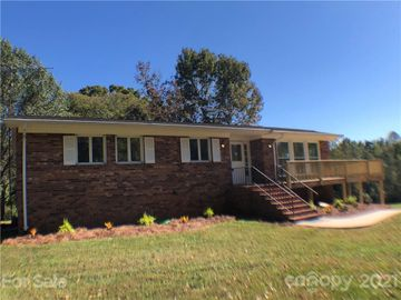 303 Midway Drive, Statesville, NC, 28625,