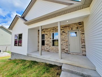 1322 Taylor Town Rd, White Bluff, TN, 37187,