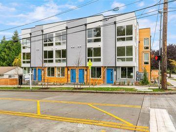 2408 SW Genesee Street, Seattle, WA, 98106,