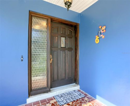 1779 WINDSOR GATE E