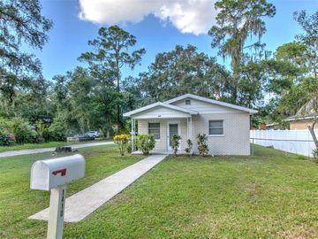 1410 E CHERRY STREET, Plant City, FL, 33563,