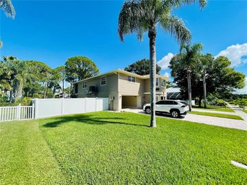 719 OHIO AVENUE, Palm Harbor, FL, 34683,