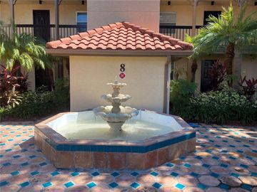2400 FEATHER SOUND DRIVE #827, Clearwater, FL, 33762,