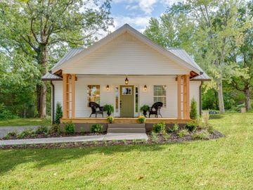 1176 Wakeman Road, White Bluff, TN, 37187,