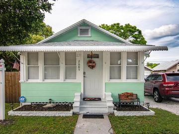2685 GROVE PARK AVENUE N, St Petersburg, FL, 33714,