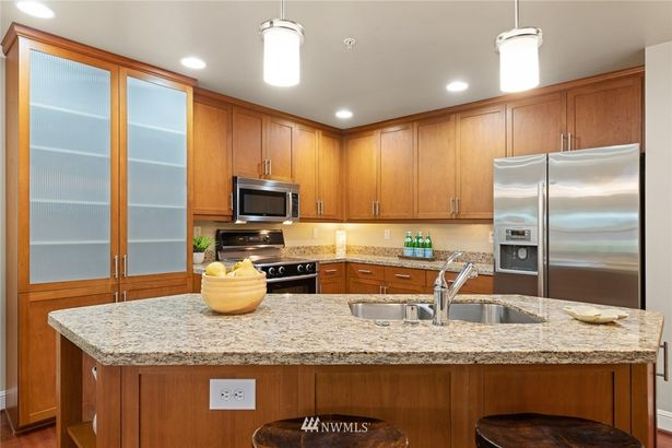 3150 W Government Way #208