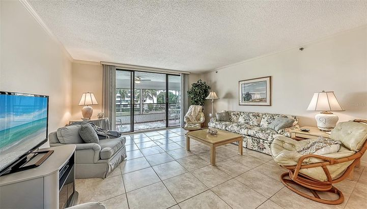 1445 GULF OF MEXICO DRIVE #201