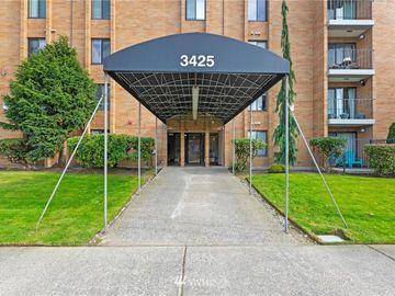 3425 Colby Avenue #303, Everett, WA, 98201,