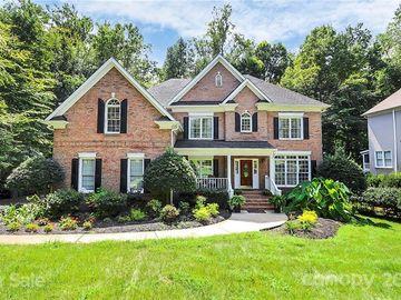 3019 Lakewood Edge Drive, Charlotte, NC, 28269,