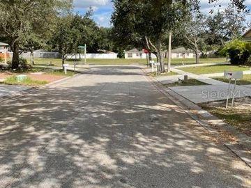 8547 LAZY RIVER DRIVE, Tampa, FL, 33617,