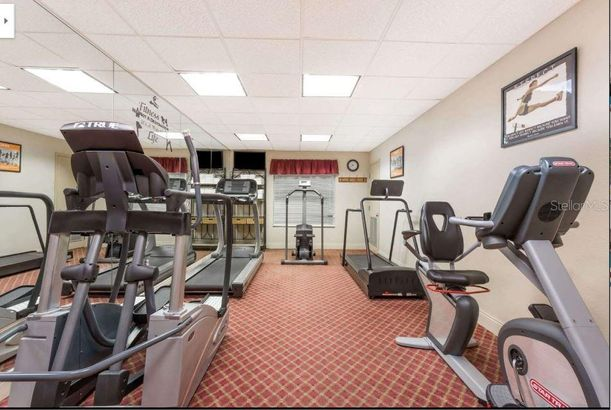 8303 PALM PARKWAY #322
